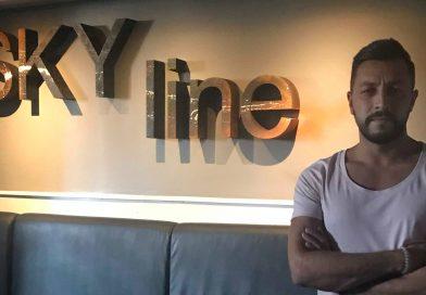 Das Gesicht hinter Skyline – Mustafa Akyüz